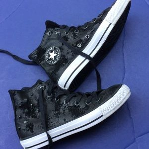 Leather spiked Converse